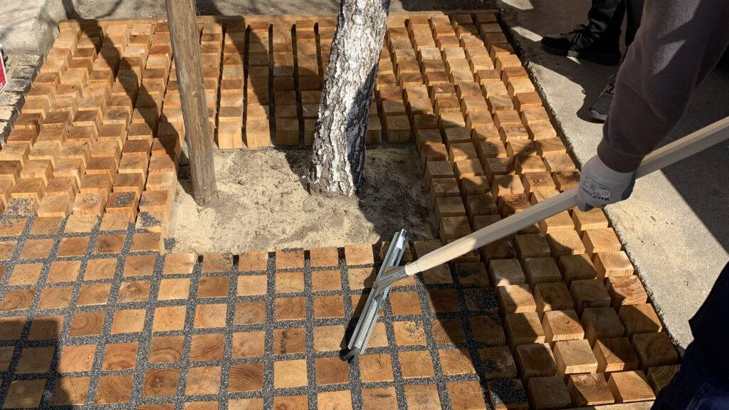 Easy to install Permeable Proflow Pavers™with ROMEX permeable fillers.